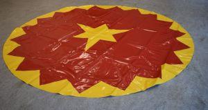 Piste kleed | Circuszeil | Diameter 3 meter rood/geel kartelrand en compasster
