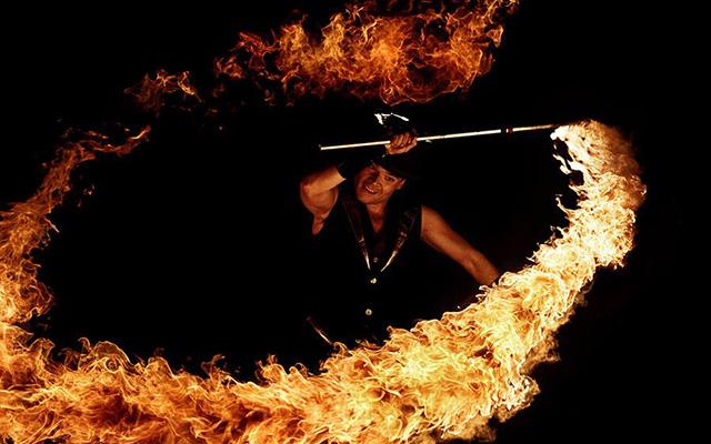 Led & Vuur